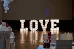 Love-bily-siroky-4