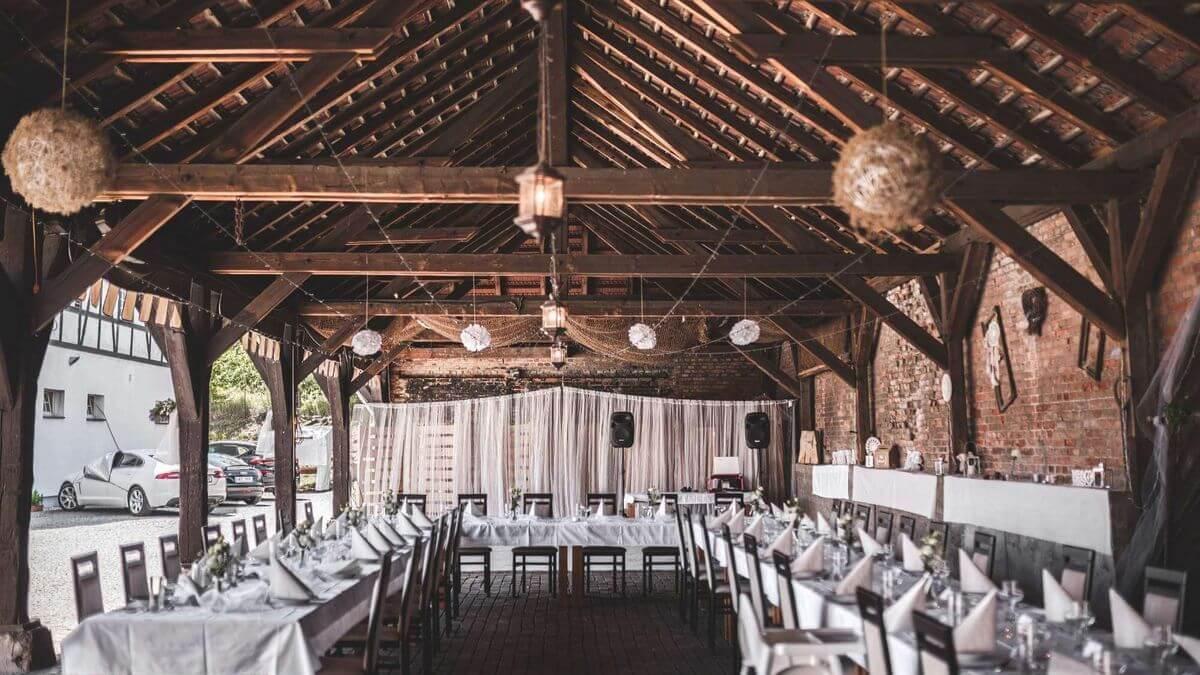Pronájem stodoly na svatbu
